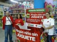 Cruz Roja y Nikki recaudan 60.000 euros en juguetes para los niños de familias canarias sin recursos