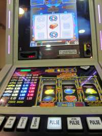 El DOCV publica el decreto que permite a los bingos instalar máquinas recreativas auxiliares en los vestíbulos