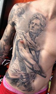 Tatuaje realizado por Miguel Ángel Bohigues.