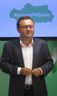 Heredia (PSOE-A) dice que Moreno sólo hace criticar a Díaz y