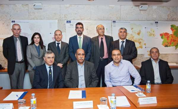Una delegación del Ministerio de Sanidad de Túnez conoce de cerca el funcionamiento del SESCAM