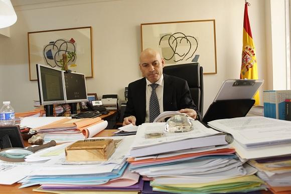 El juez Javier Gómez Bermúdez en su despacho de la Audiencia Nacional.