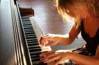 La pianista Ariadna Castellanos, Churumbaque Hijo y Niño de Pura llegan el martes al Teatro Central