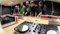 Comunitat Valenciana pondrá en marcha el próximo curso el primer ciclo formativo en reparación de instrumentos de España