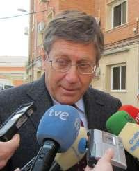Bernal no aclara si seguirá en el Ejecutivo tras la marcha de Valcárcel, aunque tiene una reunión pendiente con Garre