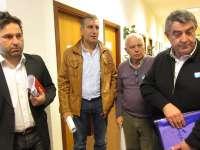 (AV) El cerco acerca posturas para repartir caballa y jurel en Galicia pero volverá a someterlo a la asamblea