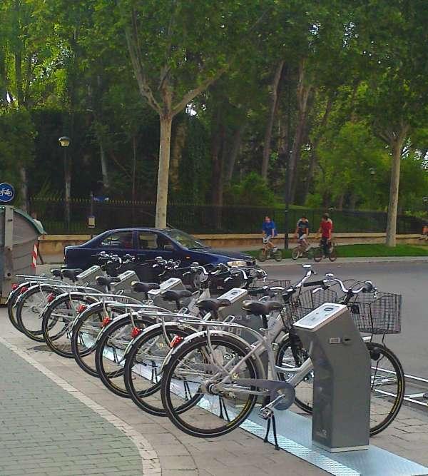 Los albaceteños podrán acceder al nuevo sistema de préstamo de bicicletas a través de sus smartphones