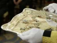 El Rey concede al expresidente el collar de la Real Orden de Carlos III como muestra de su