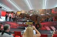 Dinópolis, presente en el Campeonato del Mundo de Superbikes con una réplica de un dinosaurio semi-articulado