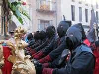 S.El preso indultado se pone a los pies de 'La piedad' ante miles de vallisoletanos