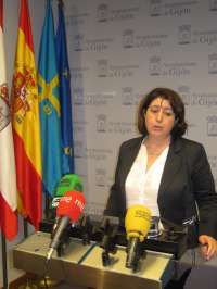 La Junta Electoral sanciona a la alcaldesa de Gijón con 600 euros por anunciar inversiones con fin electoralista