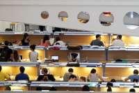 La UPNA aprueba nuevas ayudas para que estudiantes con dificultades graves económicas puedan pagar la matrícula