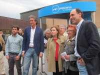 Sáenz de Santamaría dice vivir en el país que Zapatero