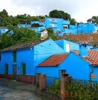 Júzcar llega a su tercer aniversario como primer Pueblo Pitufo del mundo, con más de 400.000 visitantes