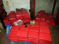 Detenidas siete personas de una organización en Almería y Málaga que exportaba hachís oculto en camiones