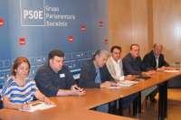 Alcaldes del PSOE piden que Gobierno denuncie y revise el Convenio de Defensa por el