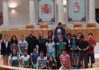 Ceniceros anima a los escolares del concurso de la 'Once' a