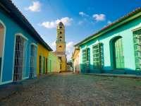 Una empresa valenciana de pinturas elabora la carta de 75 colores de  Trinidad (Cuba)
