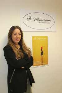 Una antigua alumna de la UPO crea una empresa organizadora de homenajes póstumos