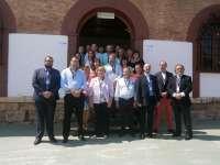 La vicecónsul de Gran Bretaña se reúne con alcaldes para animar a británicos a empadronarse en los pueblos