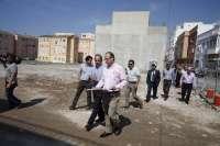 El alcalde anuncia más actuaciones sobre la trama urbana de Barrio Alto a través de un nuevo plan especial