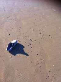 Alcalde de Barbate alerta de la aparición de alquitrán en playas de Zahara