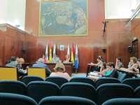 El Pleno aprueba con la abstención de la oposición la ordenanza que elimina la distancia entre bares