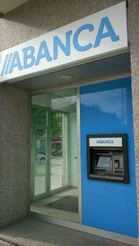 Abanca gana 15,48 millones hasta marzo, según los datos de la CECA