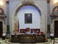 El Ayuntamiento rechaza un referéndum para elegir entre Monarquía o República