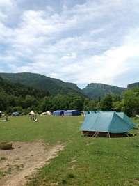 Más de 3.500 jóvenes acamparán este verano en parajes navarros