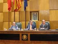 Unanimidad para que el Ayuntamiento se persone por la vía civil en todos los casos judiciales de Plaza