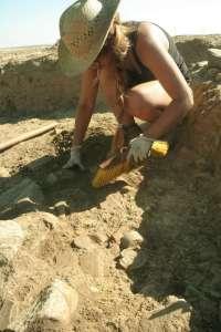 Una quincena de estudiantes aprenderán arqueología a través de un curso en Casas de Reina (Badajoz)