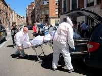 Detenido el varón herido en la vivienda en la que se halló un cadáver calcinado en la bañera