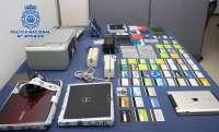 Detienen a 15 personas por estafar más de 400.000 euros a través de la falsificación de tarjetas de crédito