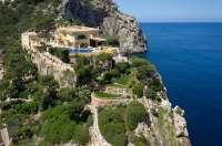 Una inmobiliaria pone a la venta la villa en primera línea de playa más cara de Mallorca, en la que se alojó Lady Di