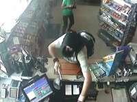Dos detenidos como presuntos autores del atraco a una gasolinera en la capital