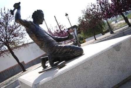 El Ayuntamiento de Gerena arreglará los desperfectos de la plaza de San Benito