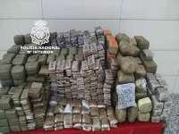 Incautados 286 kilos de hachís ocultos en el doble fondo de un vehículo en Motril