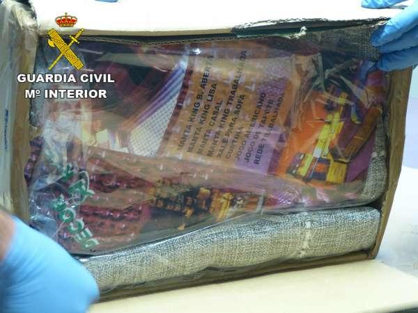 Detenido un hombre que intentó introducir 4,4 kilos de cocaína en Gran Canaria mediante paquetería postal