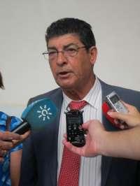 Valderas responde a Moreno que PSOE-A e IULV-CA tienen la