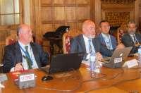 Cofares pide un pacto nacional de salud para que la Sanidad