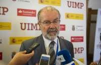 UIMP- Magistrado del TC pide un