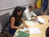 La Junta firma el convenio para financiar las 74 plazas de la nueva guardería 'Carmen Medina' de Puente de Génave