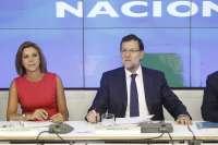 Rajoy dice a sus 'barones' que inaugurando carreteras no ganarán elecciones y advierte de que deben cumplir el déficit