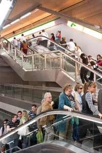 La plantilla del metro aprueba un calendario de cuatro días semanales de huelga a partir del 9 de octubre