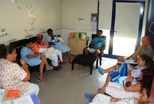 Ocho de cada diez madres participan en el programa de formación y capacitación de madres lactantes del Hospital de Inca