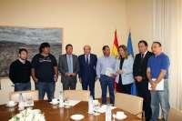 Báñez se reúne con miembros del comité de Ence y les transmite