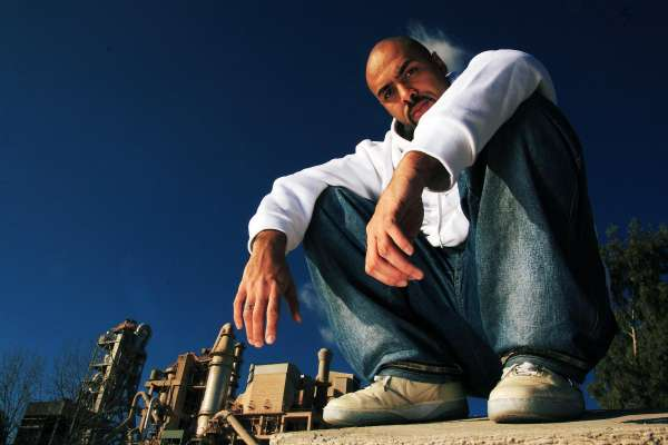 'El Chojín' y Sabino Méndez, de 'Loquillo y los Trogloditas', participarán en un curso de la UVA sobre canción y poder