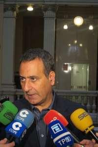 Lastra (PSOE) lamenta que Orviz (IU) se