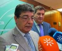 Valderas no cree que la decisión del TC sobre la norma catalana afecte a la Ley de Participación andaluza